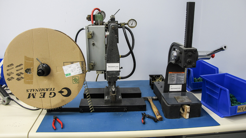 Example of a spooled crimp terminal machine